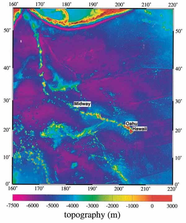 Топография океанического дна для Гавайской вулканической цепи в Меркаторной проекции (ЕТОРО5).
