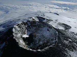 Вулкан Эребус (Антарктида).